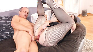 ReifeSwinger - BBW German Wifey Tries Hard Ass-fuck With Hubby