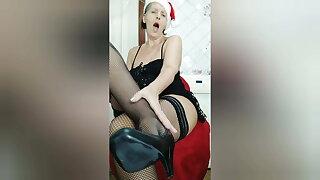Lukerya in heels!