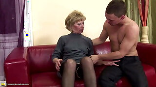 Hairy mature mummy donk ravaged and pissed on