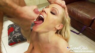 warm blond mummy fucks colleague and eats his cum