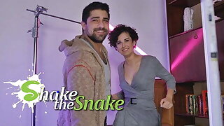 Shake The Snake - She Fucks her Way to the Top