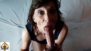 Little Mummy Knows How To Suck It – She Swallows