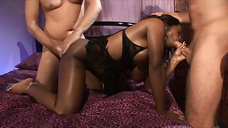Ebony babe gets a dp from 2 white studs