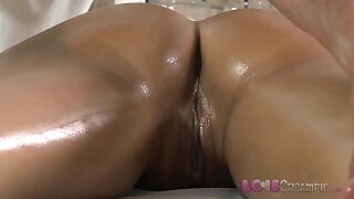 Love Creampie Young beauty gets oil rubdown and cum in her