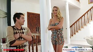Busty honey Nicole Aniston gets fucked