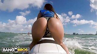 BANGBROS - Latina Sex industry star Kelsi Monroe Showcases Off Big Ass, Rides Jetski and Cock!