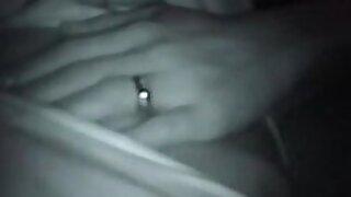 Homem safado grava vídeo quente da cunhada casada dormindo na sala