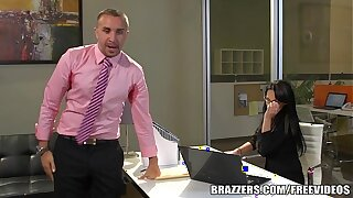 Brazzers - Alektra Blue is one hot assistant